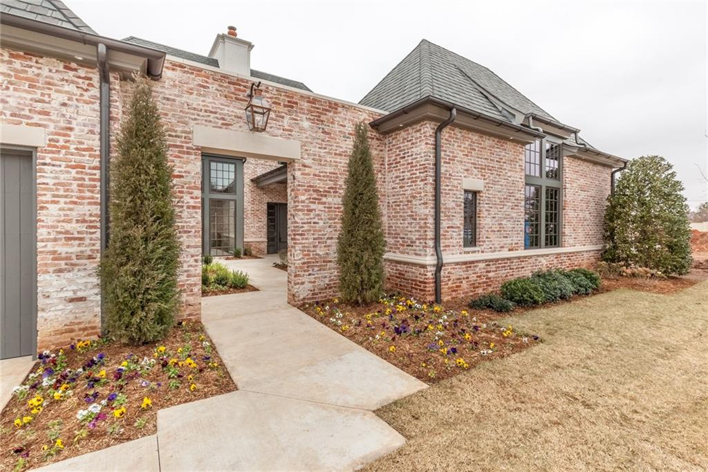 8501 Stonehurst Court, Oklahoma City, OK 73120