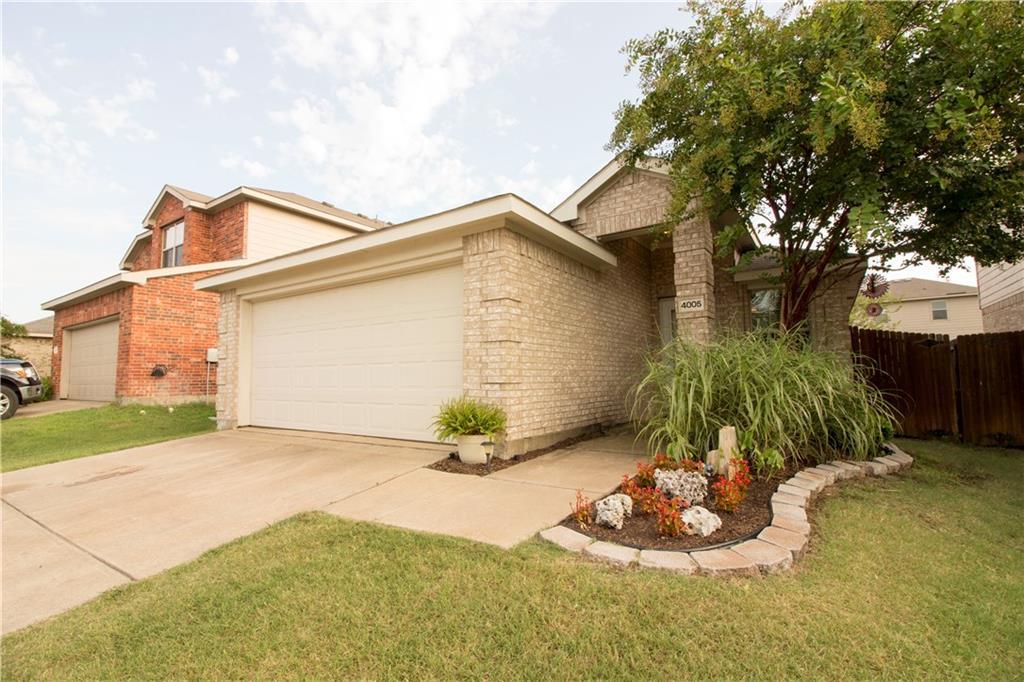 4005 Houston Drive, Heartland, TX 75126