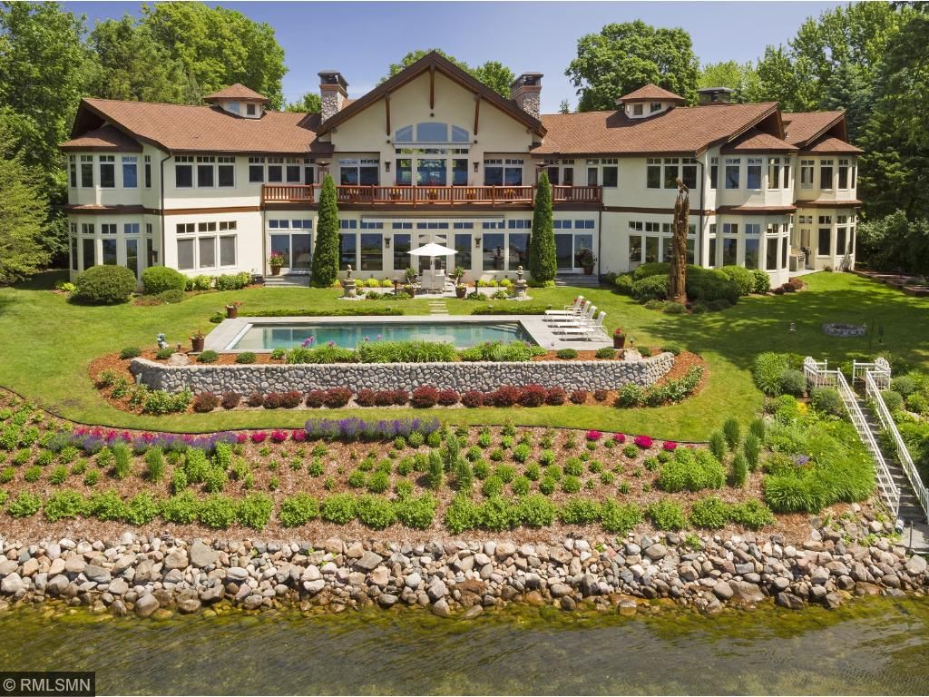 2328 Huntington Point Road W, Minnetonka Beach, MN 55391