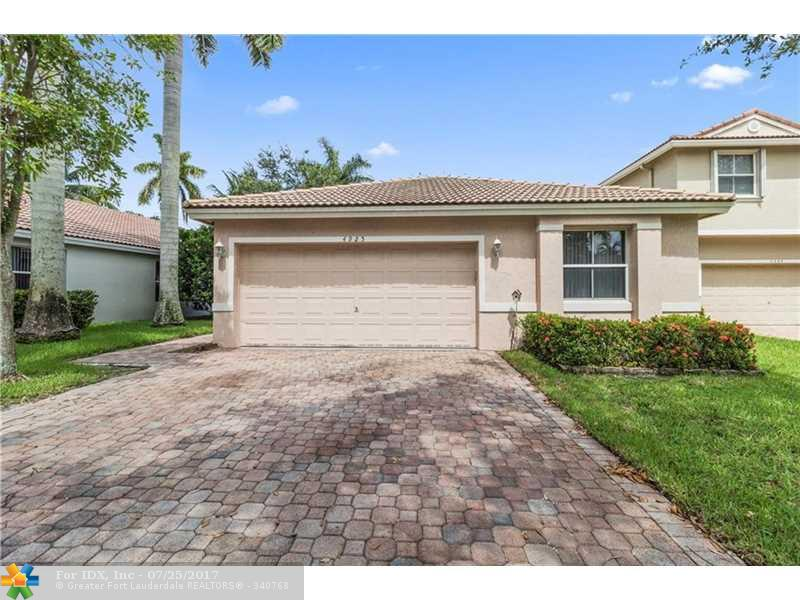 4925 NW 54th Ave, Coconut Creek, FL 33073