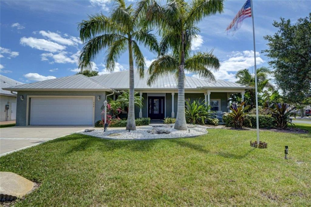 346 NE Vanda Terrado, Jensen Beach, FL 34957