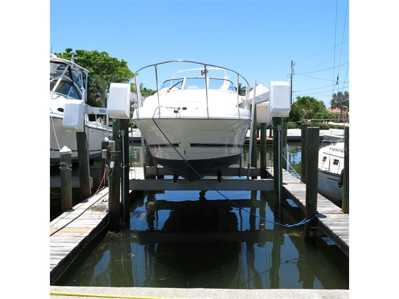 KEY ROYALE BOAT DOCK N/A, HOLMES BEACH, FL 34217