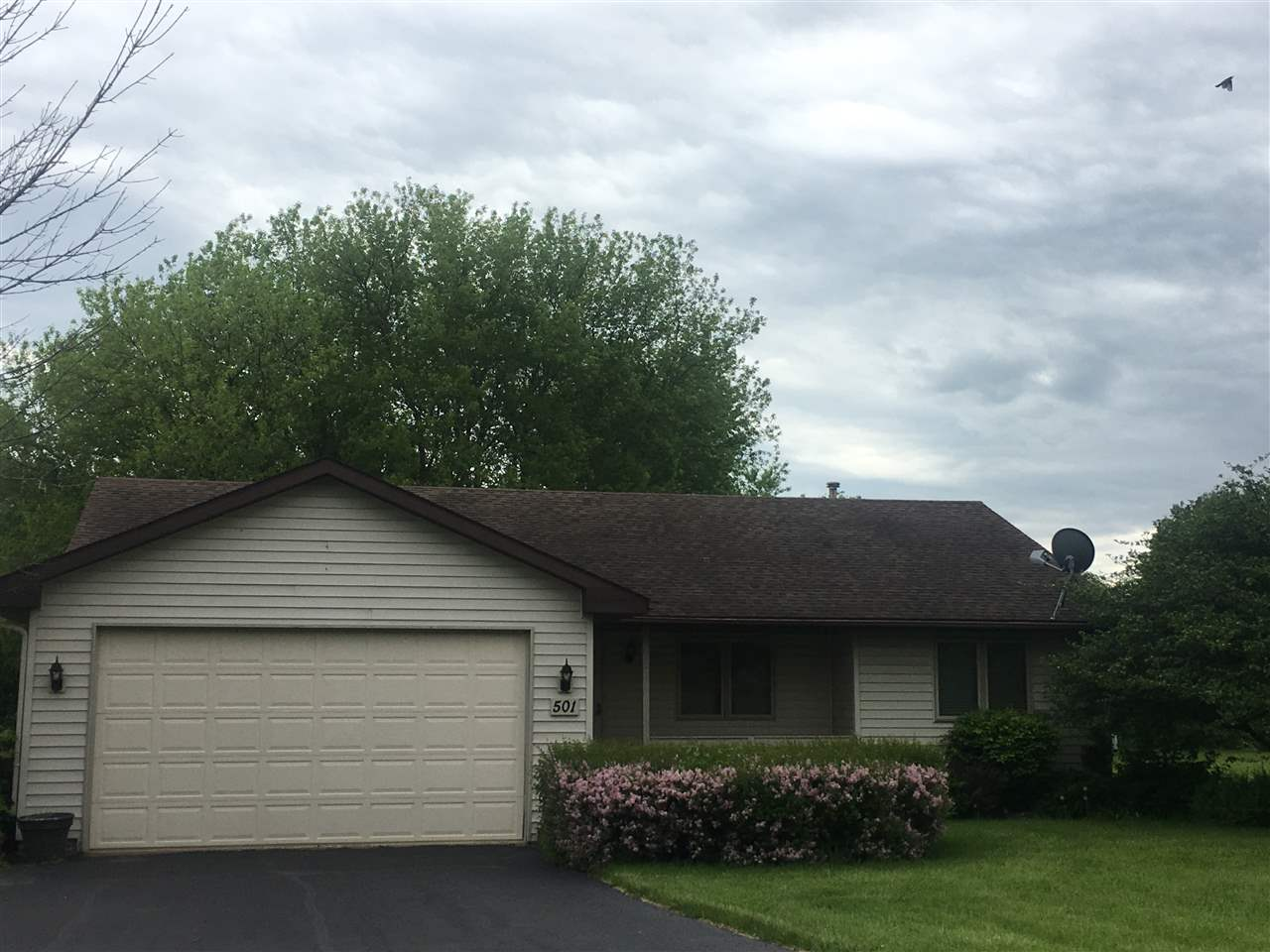 501 BOUNTY Drive, POPLAR GROVE, IL 61065