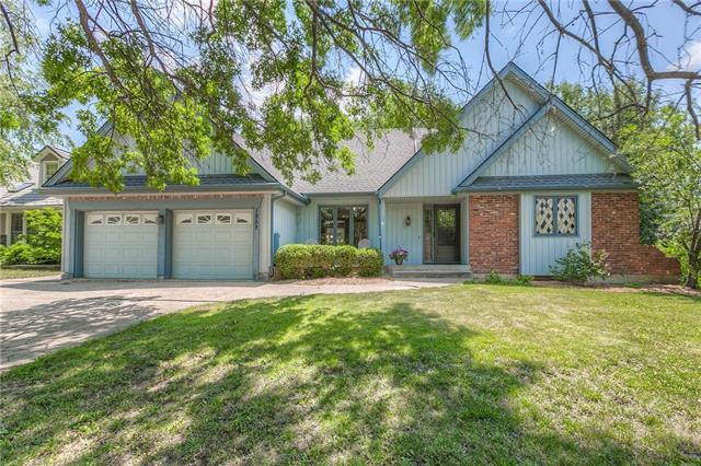 1253 E Butterfield Place, Olathe, KS 66062