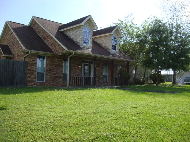 4100 Garfield Avenue, Groves, TX 77619
