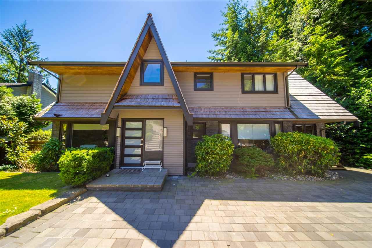 321 MONTERAY AVENUE, North Vancouver, BC V7N 3E7