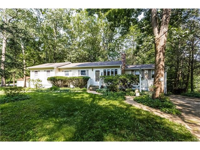 40 Maple Drive, New Milford, CT 06776