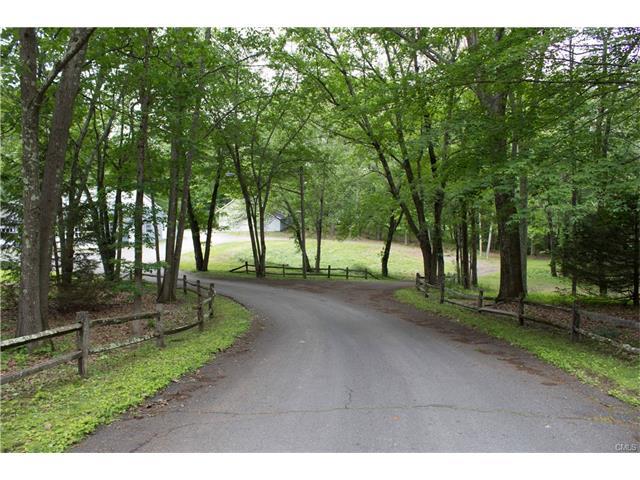 20 Garrity Lane, Bridgewater, CT 06752