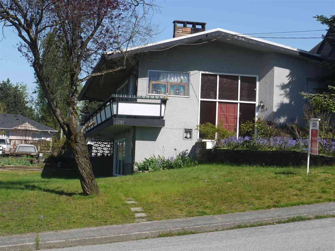 522 FADER STREET, New Westminster, BC V3L 3T5