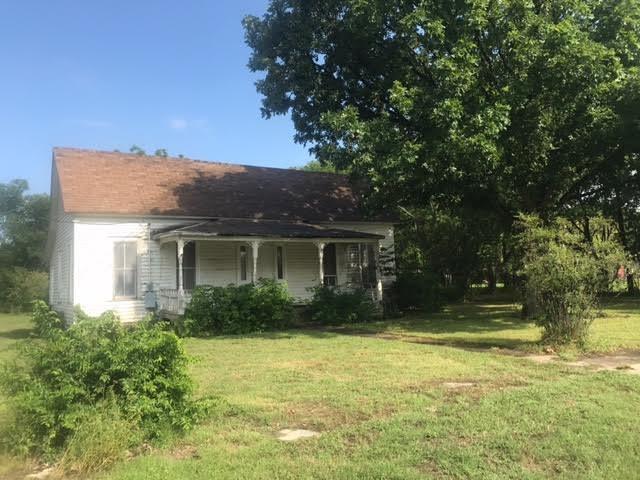 302 Hickory Street, Hico, TX 76457