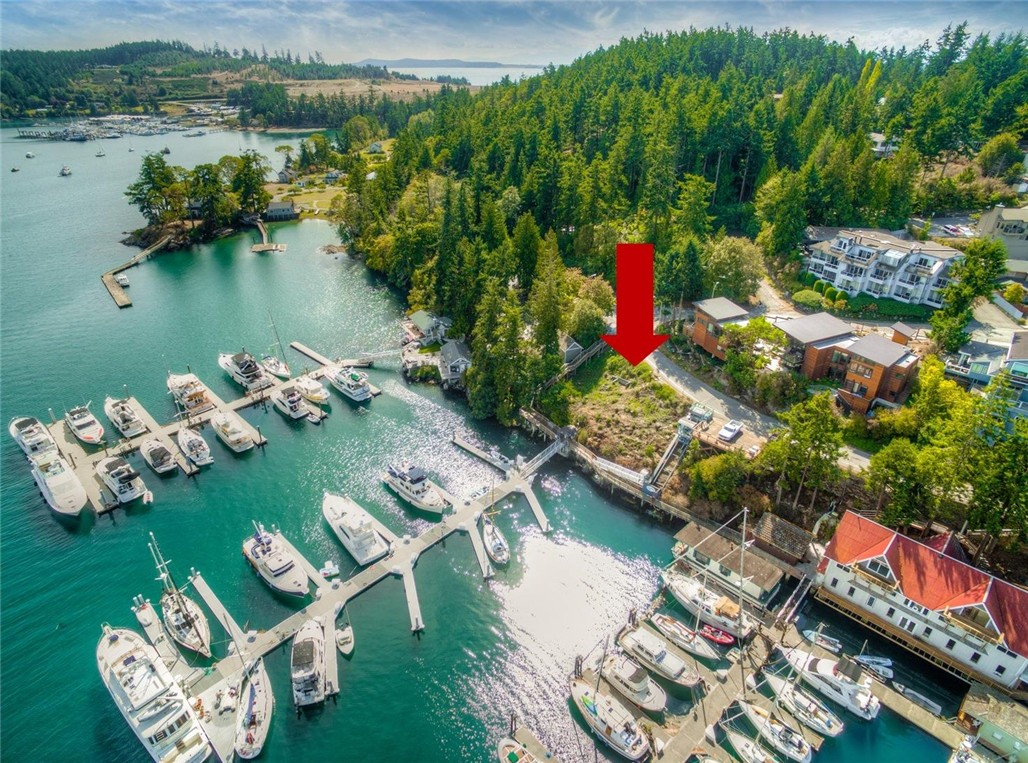 622 Warbass Wy, Friday Harbor, WA 98250