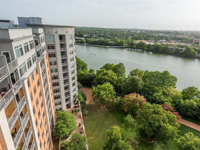 54 Rainey #920, Austin, TX 78701
