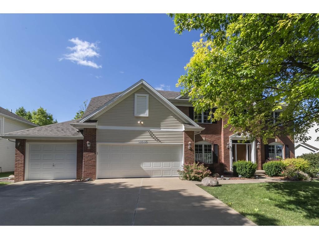 14245 Forest Court, Clive, IA 50325