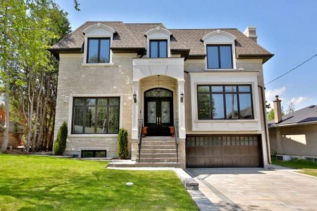 38 Caswell Dr, Toronto, ON M2M 3M3