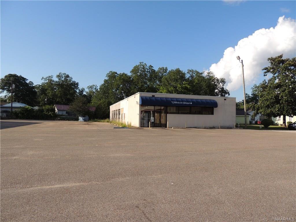 211 Cedar Street, Greenville, AL 36037
