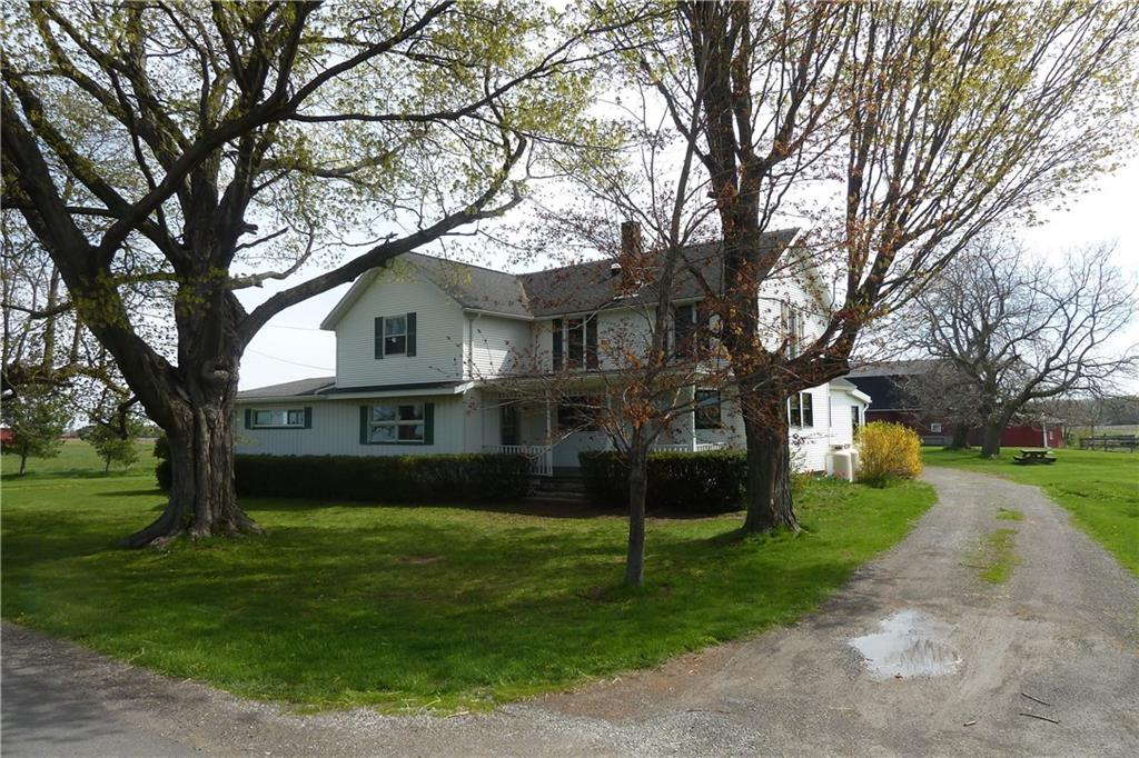 1271 W Kendall Road, Kendall, NY 14476