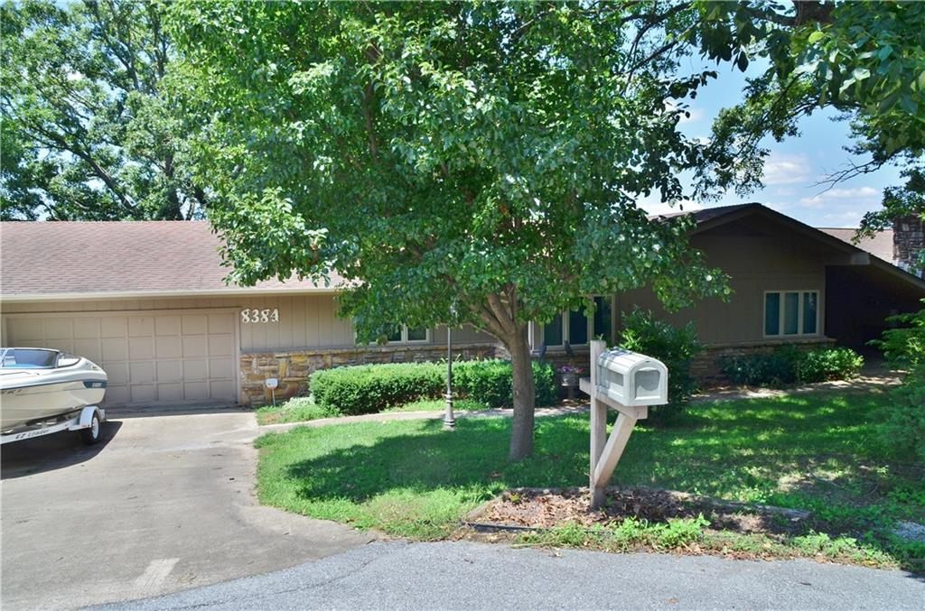 8384 Crows Roost PL, Rogers, AR 72756