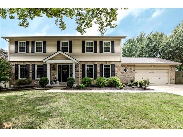 16080 Clarkson Woods Drive, Chesterfield, MO 63017