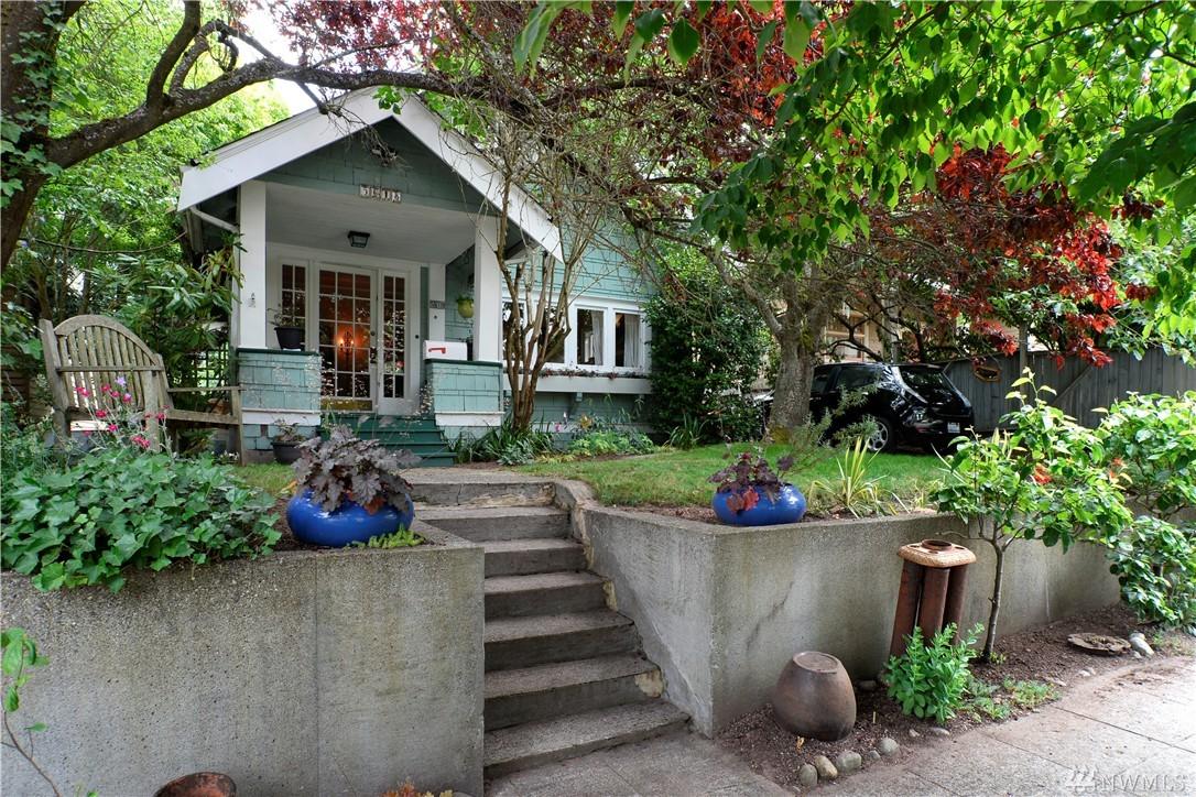 5618 12th Ave NE, Seattle, WA 98105