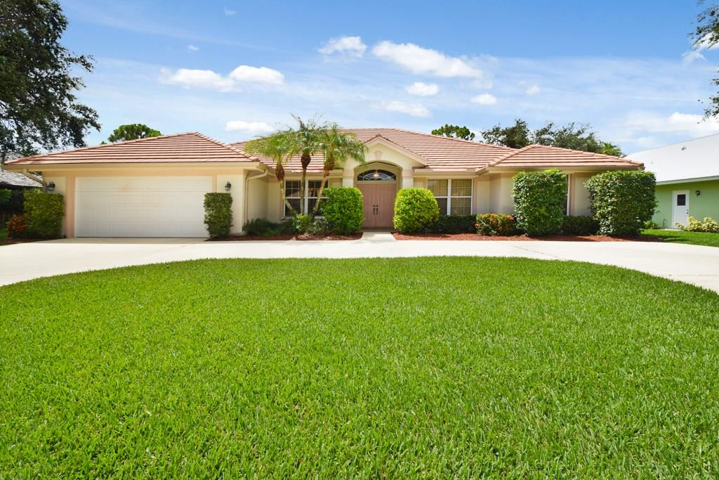 9233 SE Mystic Cove Terrace, Hobe Sound, FL 33455