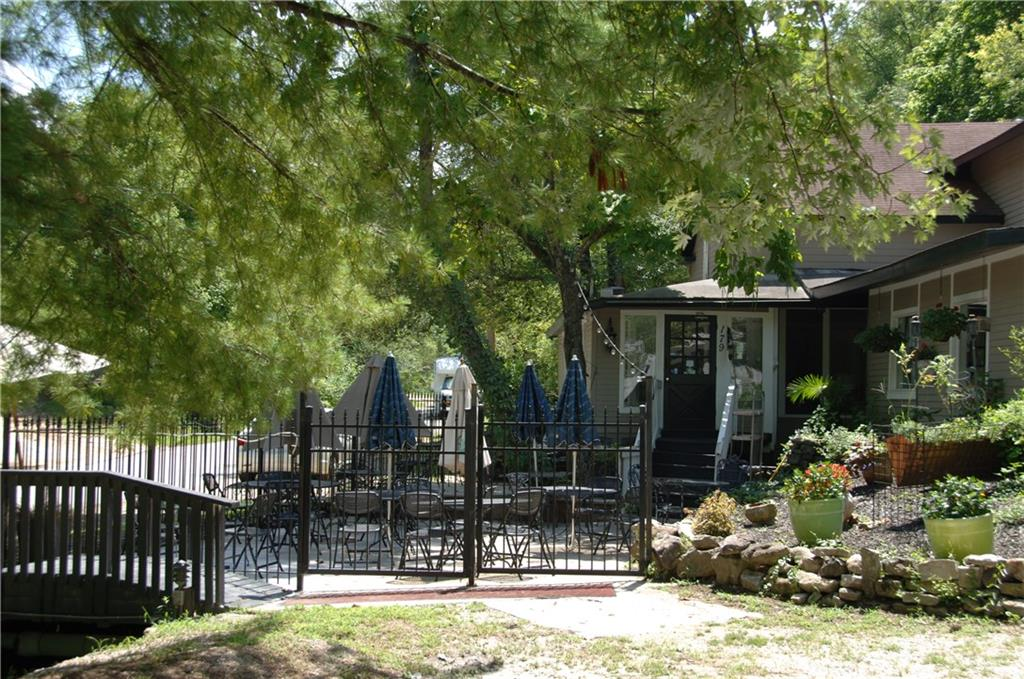 179 N Main ST, Eureka Springs, AR 72632
