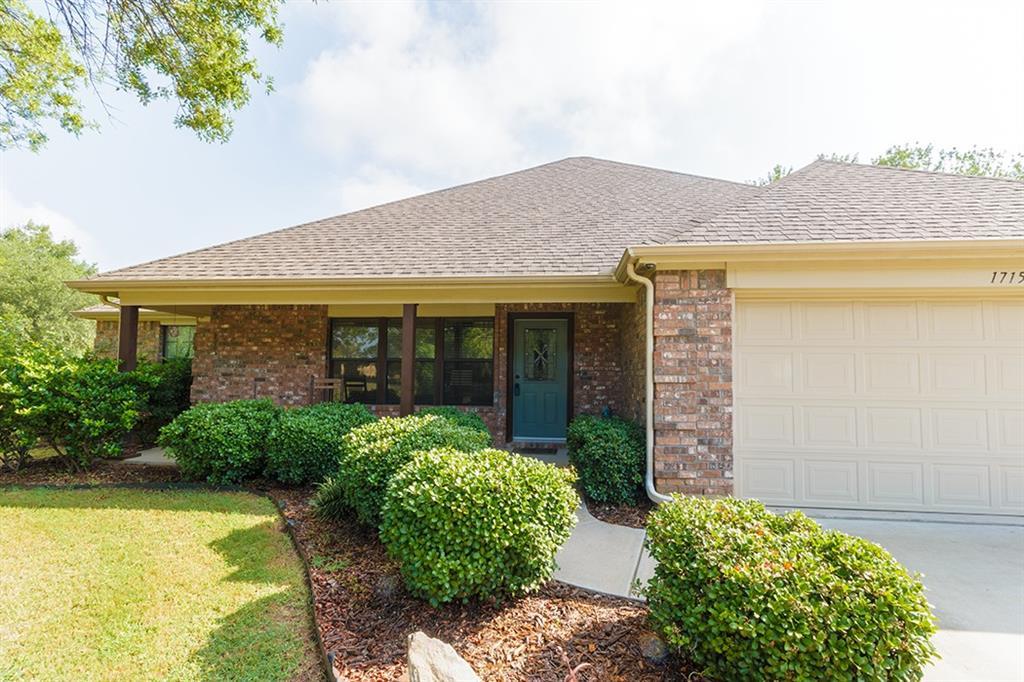 1715 Wildwood Street, Corinth, TX 76210