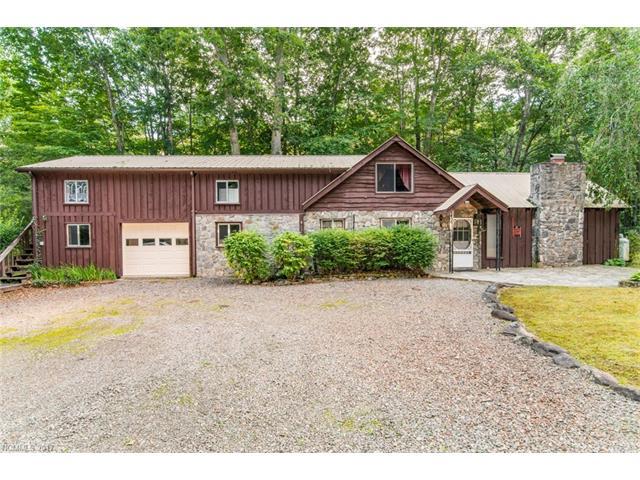 137 Mountain Farm Road, Burnsville, NC 28714