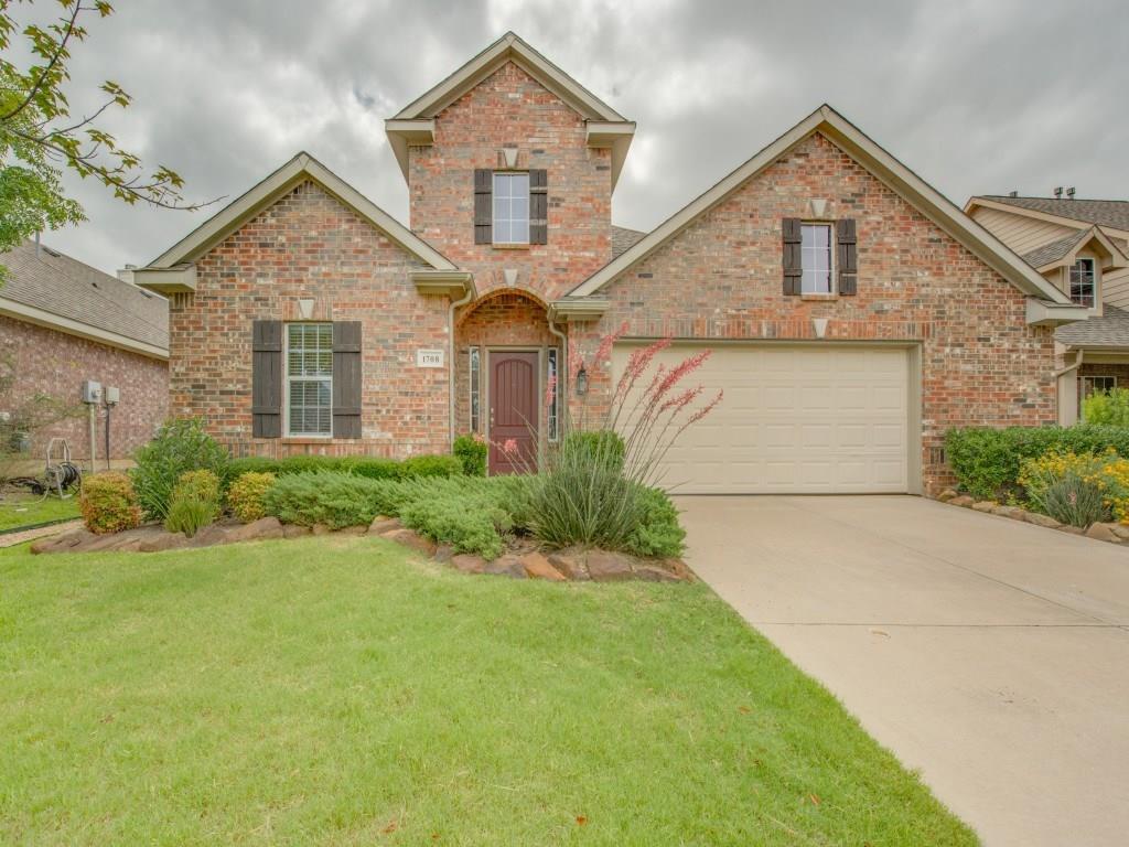 1708 Peregrine Drive, Corinth, TX 76210