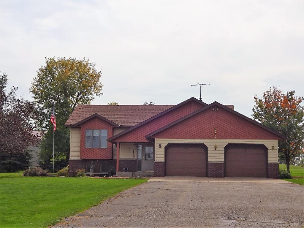 2585 County Rd E, Woodville, WI 54028