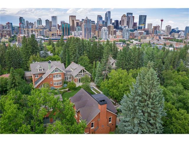 925 DURHAM Avenue SW, Calgary, AB T2T 0P8
