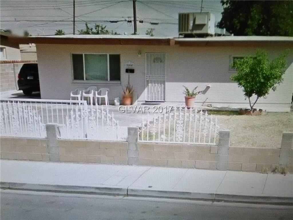 Nice 3 Bedroom Home on large lot, Near Shopping and Freeway, Potential investment.  Must to see.