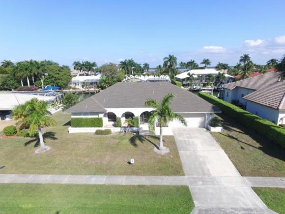 329 MEADOWLARK, MARCO ISLAND, FL 34145