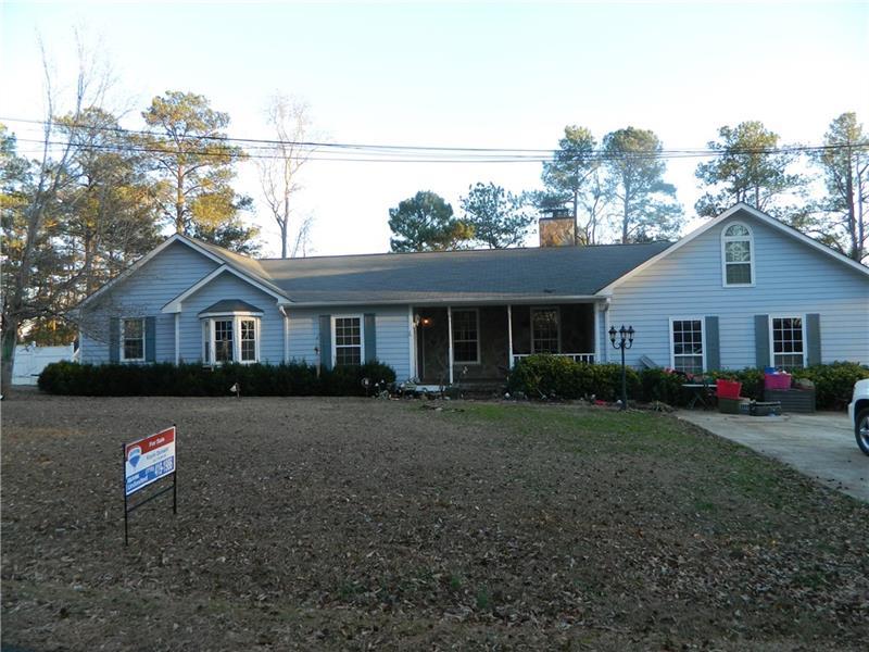 59 Oak Street, Hogansville, GA 30230