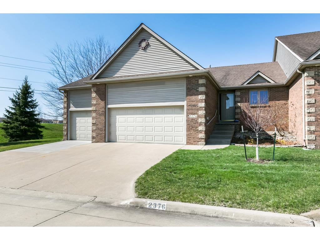 2376 NW 162nd Lane, Clive, IA 50325