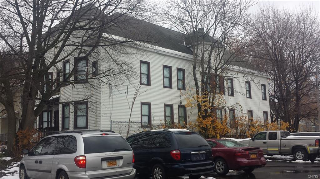 126 Colvin Street E 30, Syracuse, NY 13205