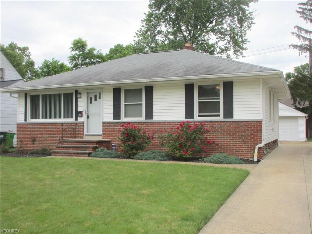 1377 Orchard Heights Dr, Mayfield Heights, OH 44124