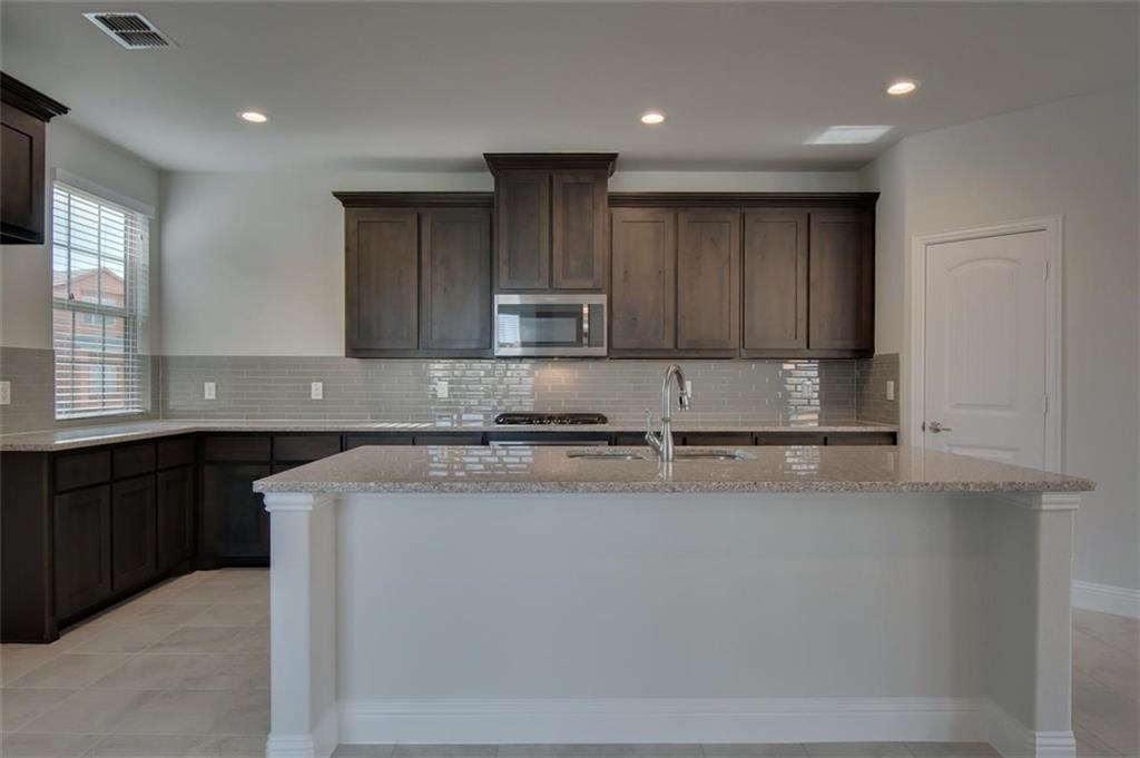 2640 Villa Di Lago Drive 1, Grand Prairie, TX 75054