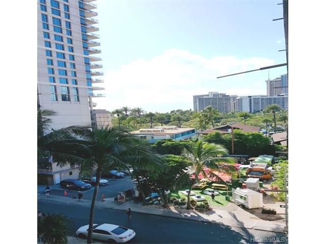 247 Beach Walk 603, Honolulu, HI 96815