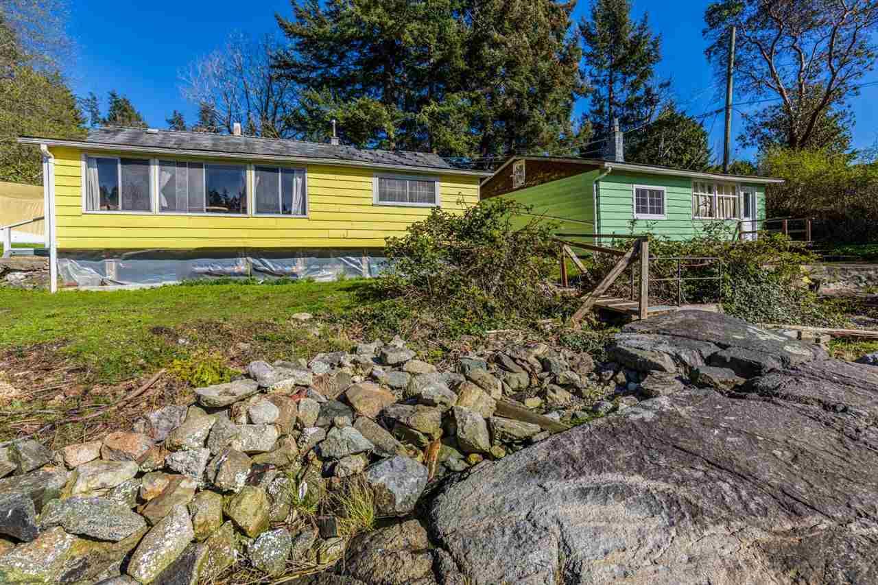 5621 O'BRIAN ROAD, Halfmoon Bay, BC V0N 1Y2