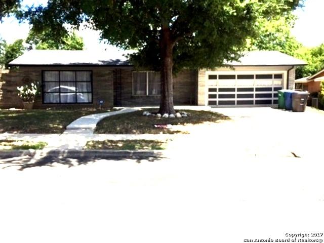 110 E CRESTLINE DR, San Antonio, TX 78201