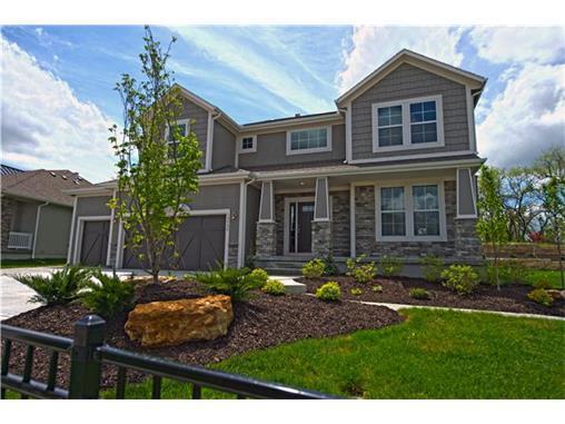 20086 W 107TH Terrace, Olathe, KS 66061
