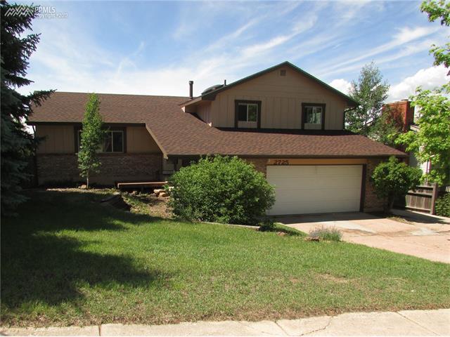 2725 Maroon Bells Avenue, Colorado Springs, CO 80918