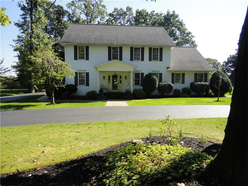 10 Webster Drive, Grove City, PA 16127