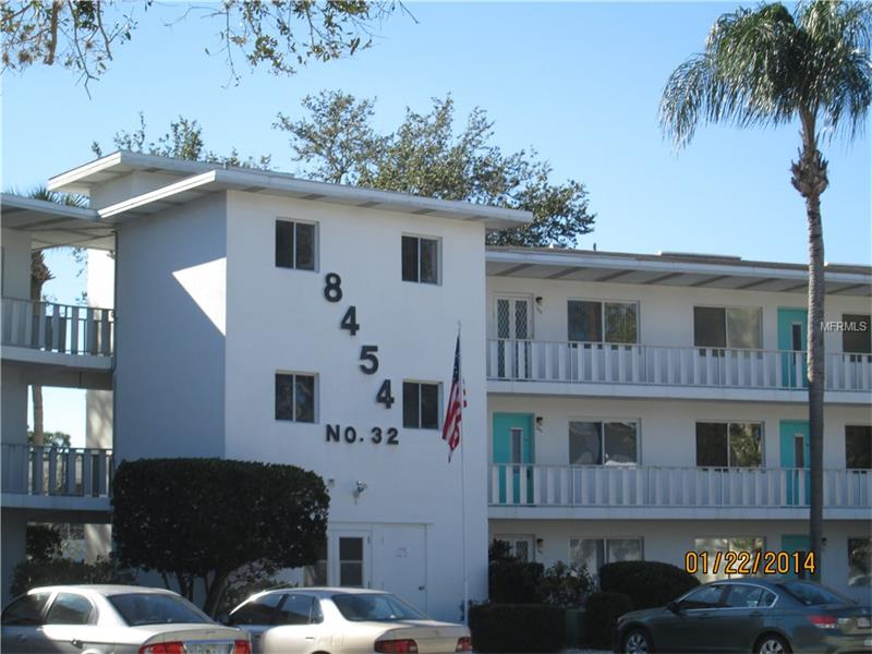 8454 111TH STREET 205, SEMINOLE, FL 33772
