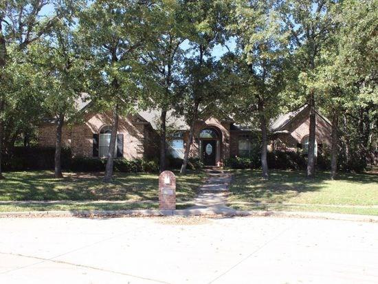 1302 Austin Thomas Circle, Keller, TX 76248