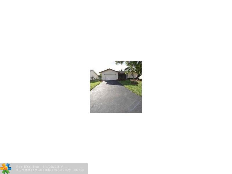 10324 NW 70th Ct, Tamarac, FL 33321