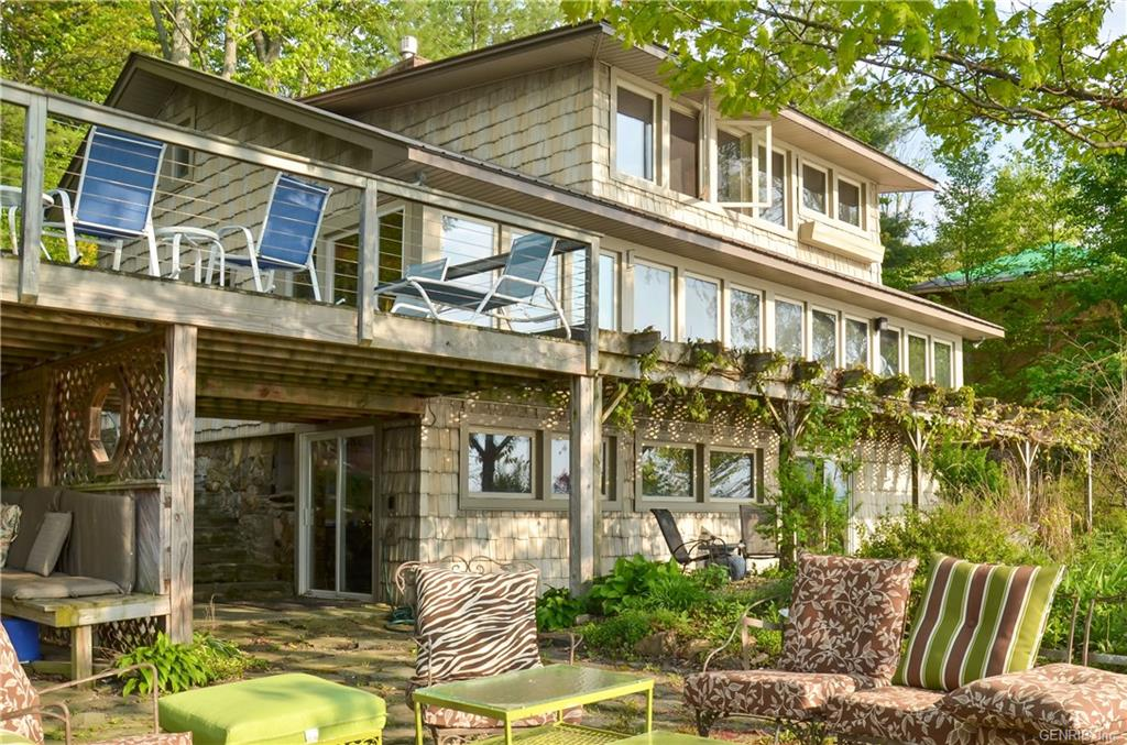1115 E Lake Road, Barrington, NY 14837