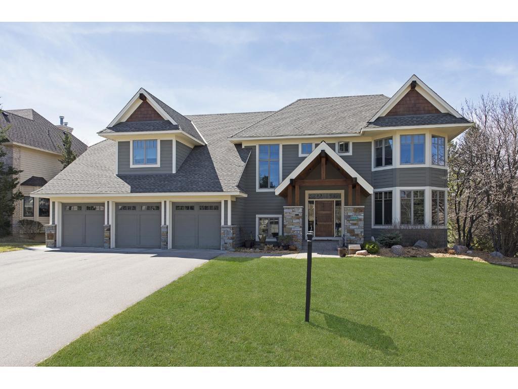 10582 Parker Drive, Eden Prairie, MN 55347