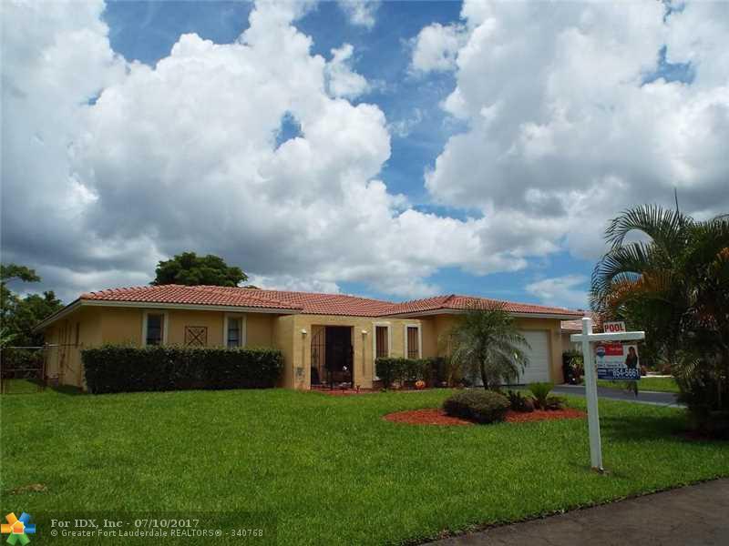 867 Ramblewood Dr, Coral Springs, FL 33071