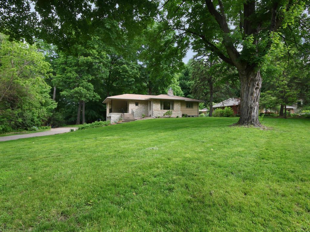 2541 Lakewood Lane, Mound, MN 55364